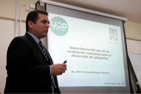 Presentó UAEH conferencia sobre eficiencia de la producción de alimentos