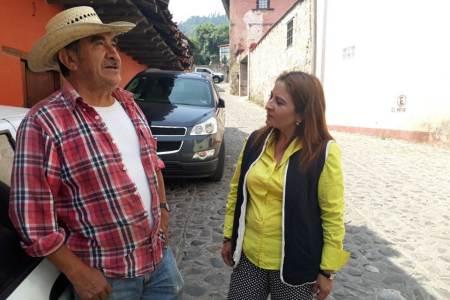 Programa para sector agrícola, propone Nancy Luna
