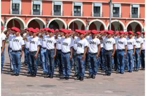 Realizan la Toma de Protesta de Bandera al personal del Servicio Mexicano Nacional clase 1999 anticipados, remisos y mujeres voluntarias