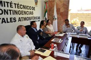 Reducen incendio en tiradero de basura de Mineral de la Reforma; medidas preventivas se suspenden a partir del viernes
