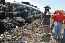 Reducen incendio en tiradero de basura de Mineral de la Reforma; medidas preventivas se suspenden a partir del viernes5