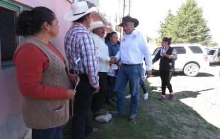 Ricardo Canales del Razo reafirma su compromiso con el sector campesino2