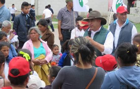 Ricardo Canales plantea establecer políticas de vinculación empresarial1