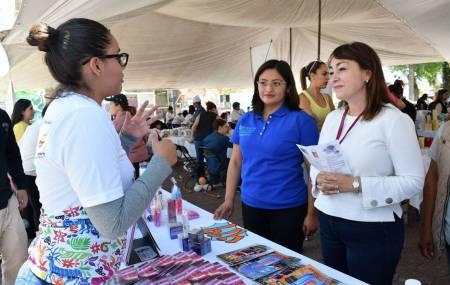 Se compromete Citlali Jaramillo a trabajar en apoyo a la economía social2