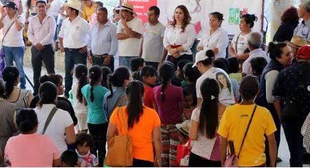 Se compromete Emilse Miranda a regresar a las comunidades para entregar resultados 2