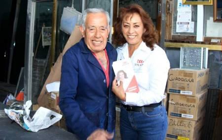 Sylvia López propone mejorar la seguridad para el distrito que representa2