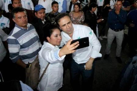 Alex González compromete rendición de cuentas cada seis meses