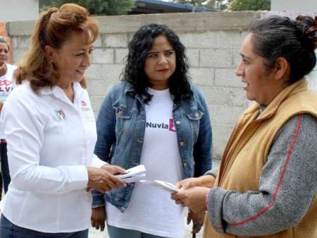 Asegurar el abasto de medicamentos en casas y centros de salud, promete Sylvia López