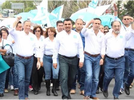 Con Hidalgo, Meade y Alex González, firmes al triunfo4