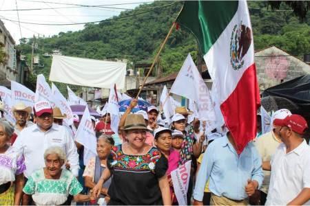 Con marcha en Huehuetla cierra Isabel Alfaro campaña en la Otomí-Tepehua