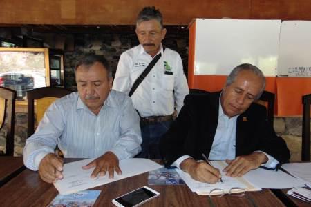 El Colegio de Ingenieros Civiles del Estado de Hidalgo, firmó un convenio de colaboración con la Asociación de Balnearios de la entidad