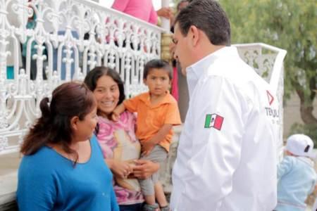 Francisco Sinuhé legislará para que las mujeres tengan las mismas oportunidades laborales que los hombres
