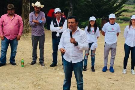 Gestionar programas para mejorar las vialidades, piden ciudadanos a Jaime Galindo Ugalde