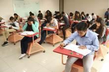 Presentan aspirantes examen de selección en UAEH3