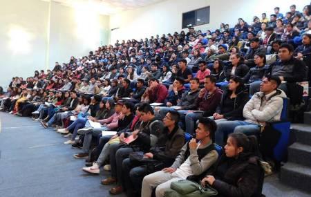 Recibe ICSHu a alumnos de nuevo ingreso con curso de inducción