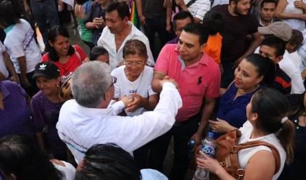 Respuestas claras y concretas dió Chucho Pérez en debate