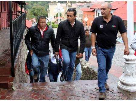 Roberto Núñez comprometido con el turismo y el desarrollo social de las familias2.jpg