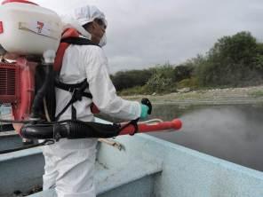 Arranca fumigación para el control del mosco cúlex en la Presa Endhó