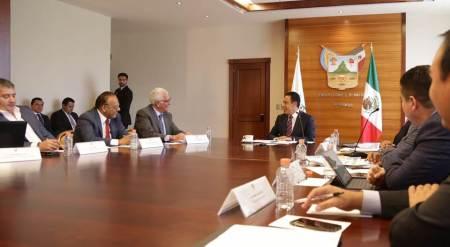 Con acciones contundentes, gobierno respalda a industria textil-vestido, Omar Fayad-3