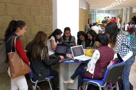 "Convoca UAEH a ser parte del programa ""BECA TEACHERS"""