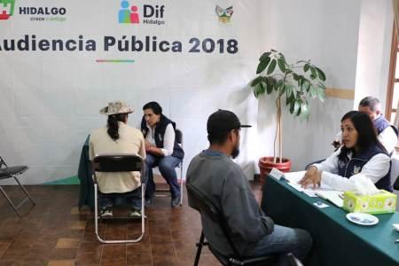 DIF Hidalgo atiende en audiencia pública más de 50 solicitudes de apoyo2