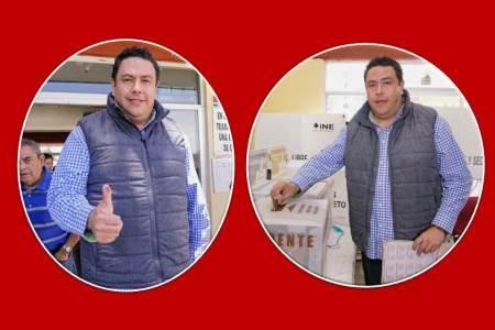 El líder del PRI Estatal, Leoncio Pineda Godos emitió su sufragio en Tepeapulco