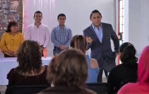 Encabeza alcalde Rául Camacho Baños clausuras de talleres en centros comunitarios 3
