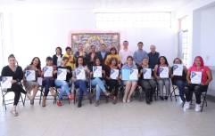 Encabeza alcalde Rául Camacho Baños clausuras de talleres en centros comunitarios 4