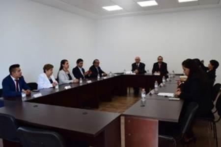 Firman convenio de colaboración IHFES Y UTMIR