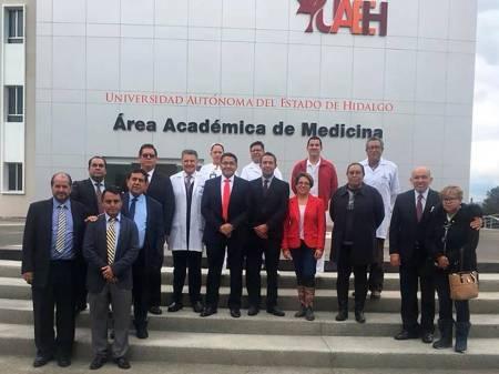 Hospital General Balbuena apoya a alumnos de UAEH .jpg