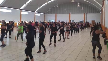 Mineral de la Reforma festeja primer aniversario de taller de zumba con megaclase2