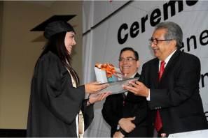 Preside Atilano Rodríguez ceremonias de graduación en instituciones de Educación Media Superior