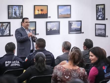 Reciben servidores municipales de Mineral de la Reforma, conferencia de liderazgo y trabajo en equipo 4