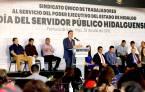Reconoce ejecutivo estatal el esfuerzo y desempeño de trabajadores en su día6