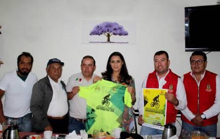 Santiago Tulantepec recibe la tercera fecha del Maratón de MTB
