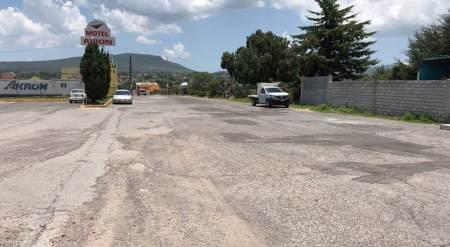 SOPOT inicia trabajos de reconstrucción de pavimento asfáltico en calle de San Agustín Tlaxiaca