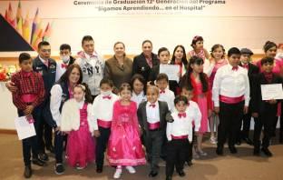 """Titular del DIF Hidalgo asiste a la Ceremonia de graduación del programa """"Sigamos aprendiendo en el hospital5"""