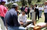 Titular del Sistema DIF Hidalgo entrega apoyos del programa Comunidad DIFerente a comunidades de Actopan1