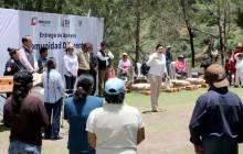 Titular del Sistema DIF Hidalgo entrega apoyos del programa Comunidad DIFerente a comunidades de Actopan2