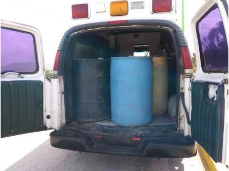 Aseguran ambulancia cargada con hidrocarburo en Tlanalapa2