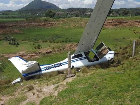 Aterriza de emergencia en Santo Tomás una avioneta de practica aeronáutica.jpg