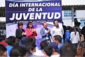 Celebra IMJ a jóvenes con festival de polvos holi en Mineral de la Reforma4