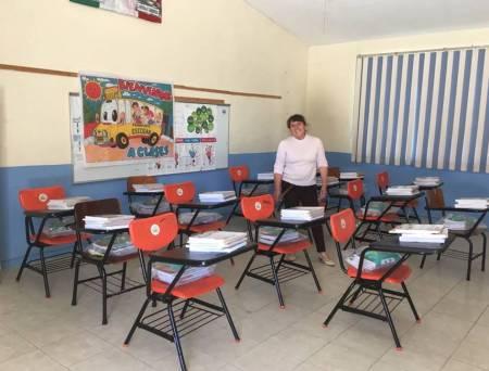 En tiempo entrega de útiles escolares para este regreso a clases.jpg