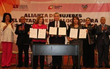Firman Alianza de Mujeres de Hidalgo para el combate las adicciones1