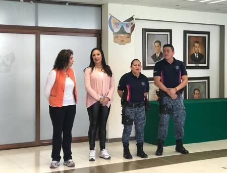 Grupo policial PPAViG imparte capacitación en defensa personal para trabajadoras de Gobierno1