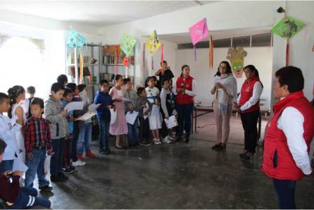 Llegan a su fin cursos de verano en Santiago Tulantepec3