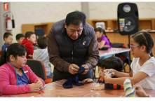 Niños aprenden y se divierten en Archivo General de UAEH