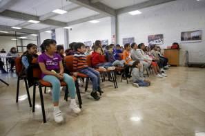 Niños aprenden y se divierten en Archivo General de UAEH5