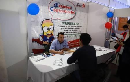 Obtienen trabajo más de mil 600 personas a través de Ferias de Empleo1