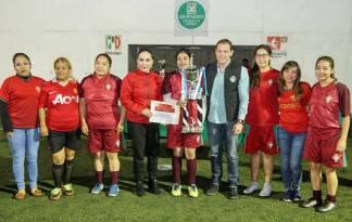 Realizan ceremonia de premiación del torneo Todos Somos PRI5